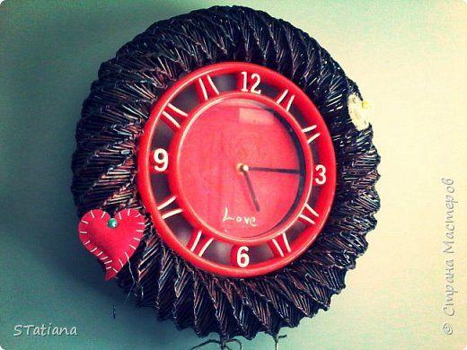 Поделка изделие Плетение старые часы по- новому Бумага журнальная фото 1
