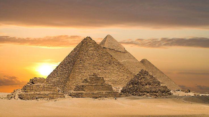 """Pyramidy nebyly hrobky, ale elektrárny,"" tvrdí kanadská profesorka"
