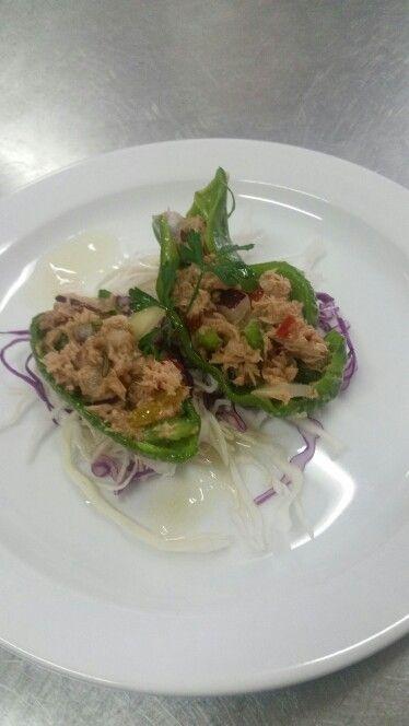 Pimiento italiano relleno de salpicón de atun