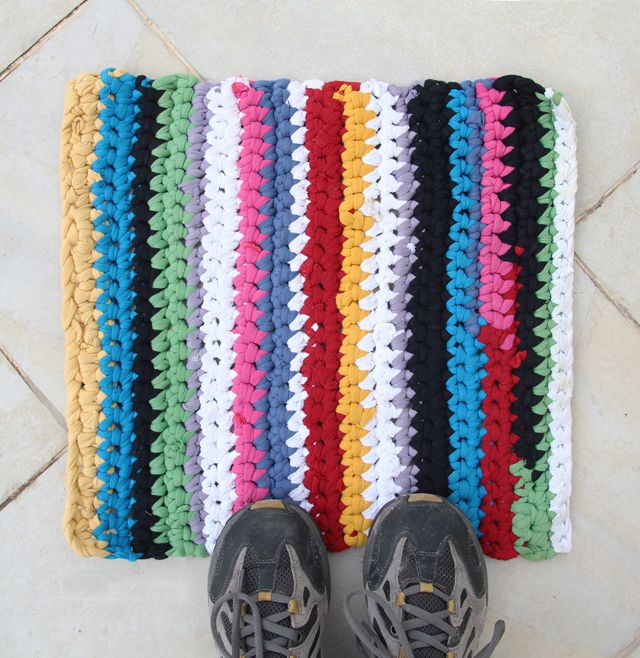 T Shirt Rag Rug Tutorial: 11 Best Images About Recycled T-shirt Crafting