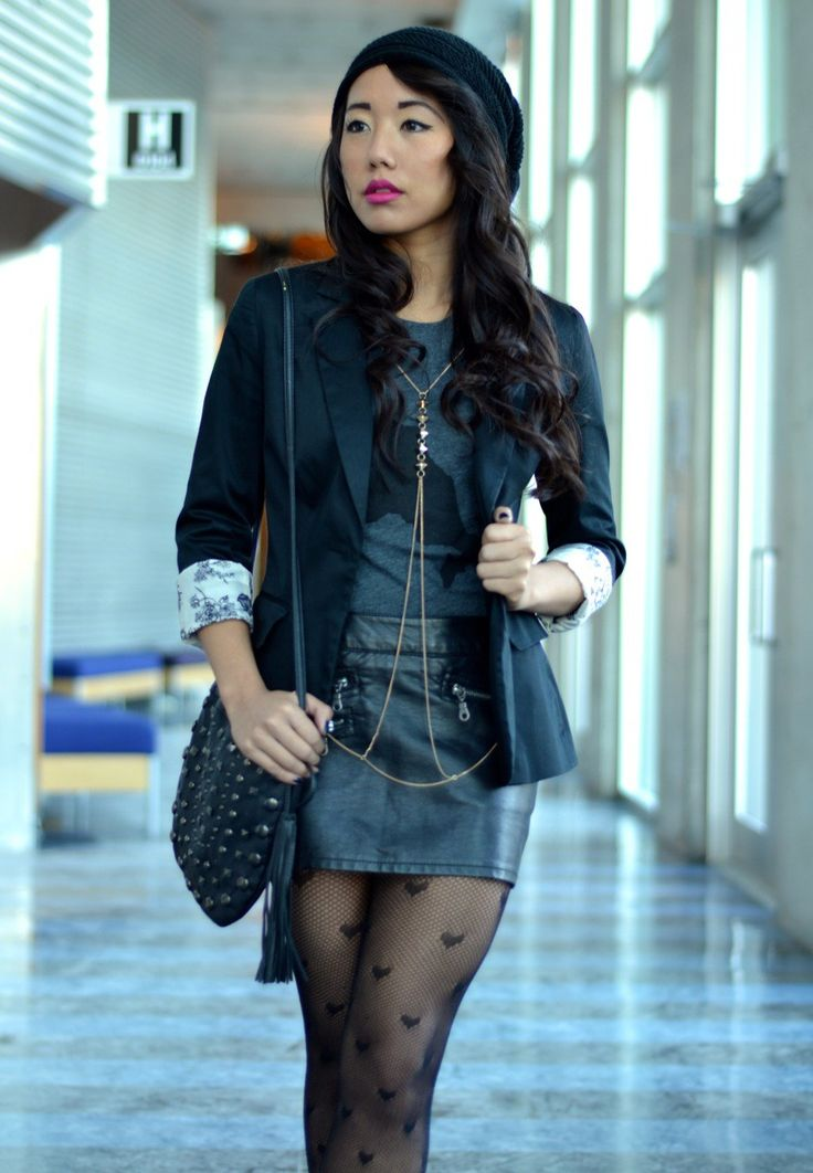 Black heart print pantyhose with leather skirt and tight jacket