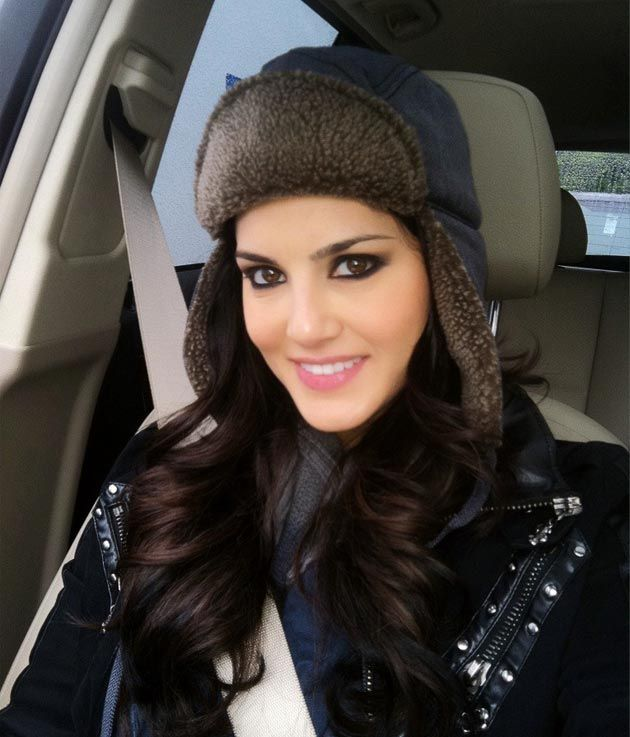 too cool:  more Updates, pics, and Videos of sunny Leone Here: www.unblock.pk/