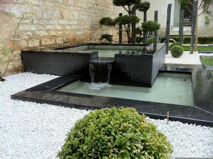 16 best images about bassin d 39 eau on pinterest horns ponds and water features for Amenagement jardin contemporain