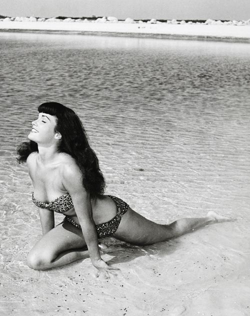 bettie pagephotographedby bunny yeager, 1954