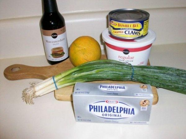 Clam Dip Recipe: canned clams, lemon juice, sour cream, cream cheese, Worcestershire sauce, scallions