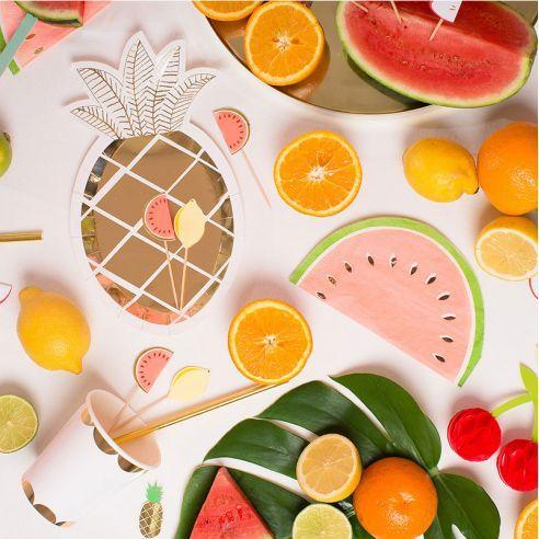 Pour une déco tropicale retrouver toute notre vaisselle de fête sur http://www.savethedeco.com/recherche?controller=search&orderby=position&orderway=desc&search_query=tropical&submit_search=Rechercher