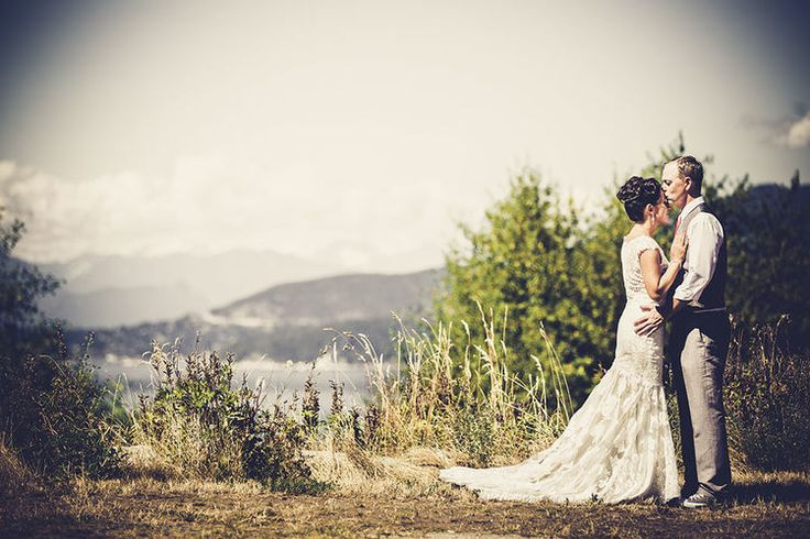 Matrimonio.it | #Matrimonio in campagna #agriturismo #country #chic #pizzo #abito