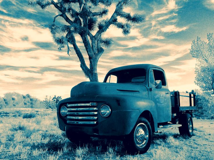 1949 Ford F1 _DUST & RUST TRADING Co. on Behance