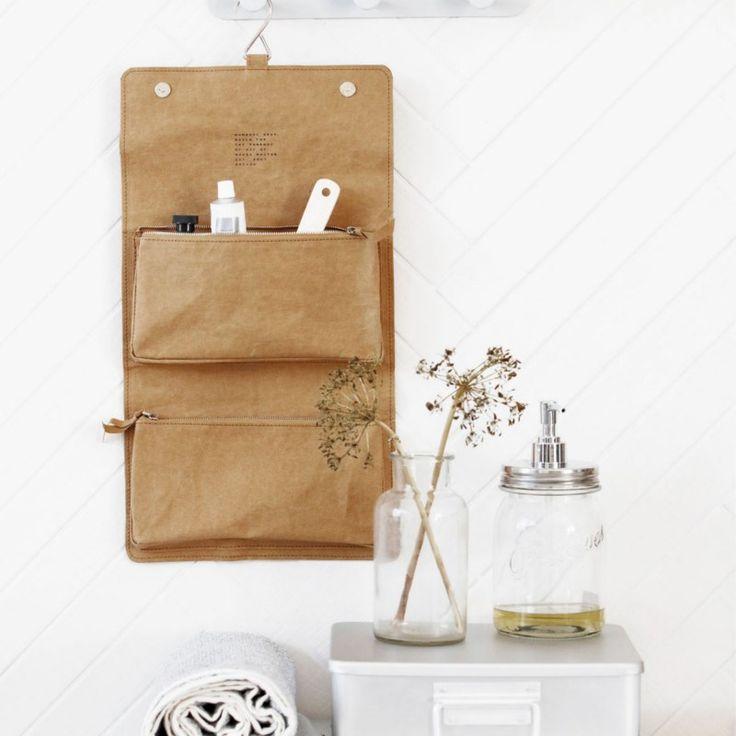 House Doctor - Toilettaske Nomadic - olivengrøn - toilettaske - badeværelse - opbevaring - indretning af badeværelse - idéer til boligindretning - inspiration - bolig drømme - drømmebolig