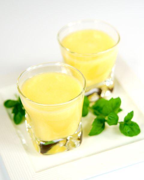 Sok ananasowo-gruszkowy z miętową nutą