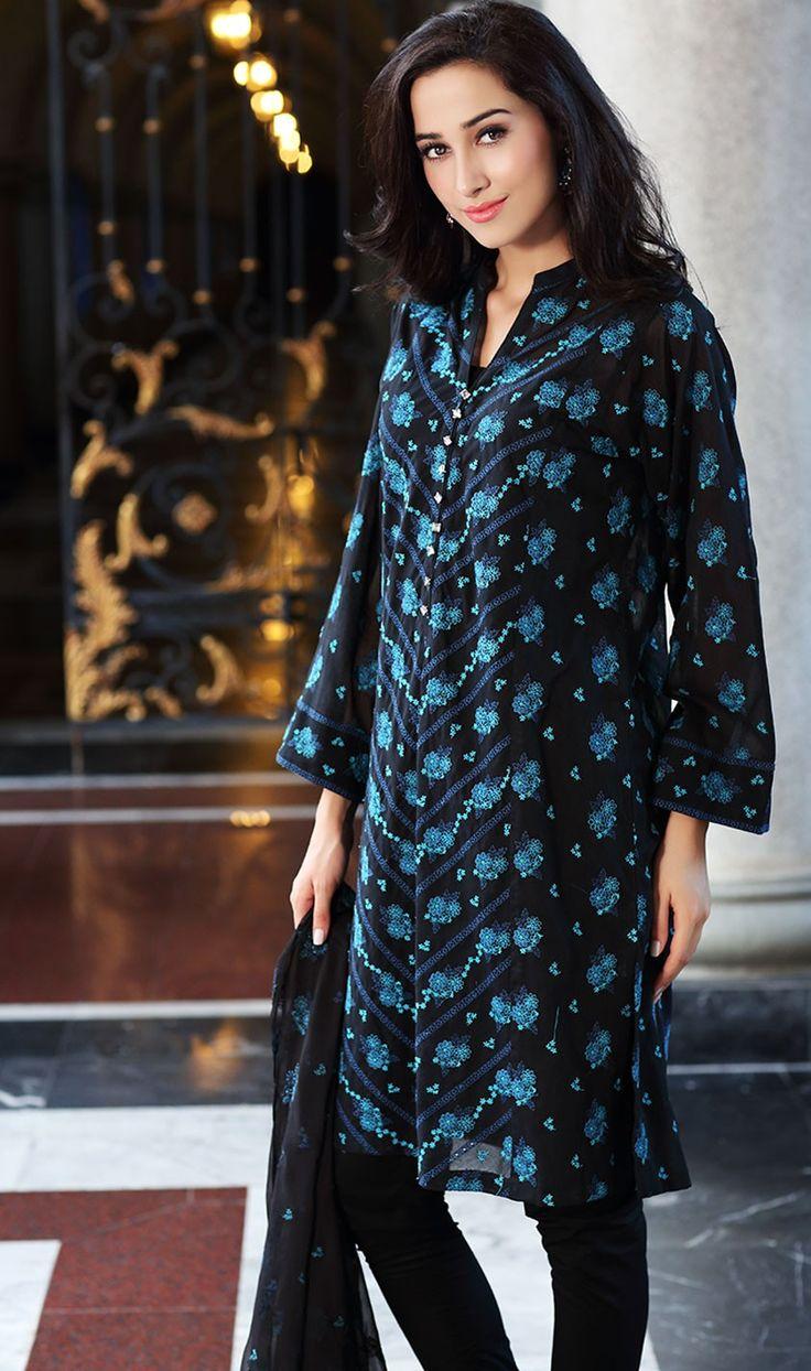 Bareeze live dresses gallery bareeze fashion brand photos designs - Bareeze Embroidered Eid Dress Collection 2015 Http Clothingpk Blogspot Com