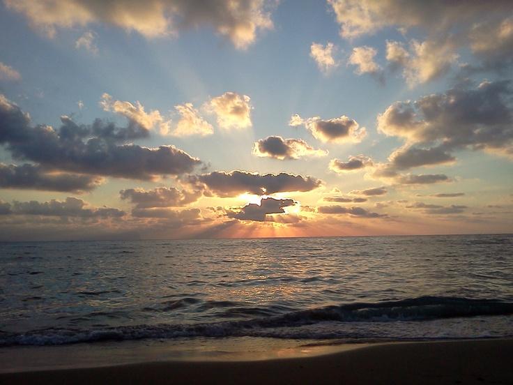Che bello starsene in spiaggia fino al tramonto #magaggiari #sicily