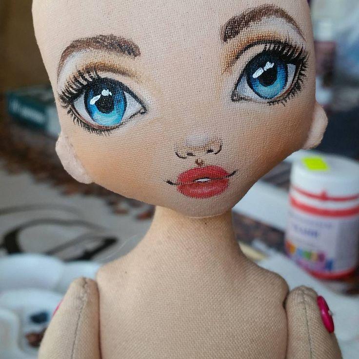 """405 Likes, 37 Comments - VikTORRYa. Dollmaker.. (@torrytoys) on Instagram: """"Ну вот она....нарисованная наша девушка ростом 45 см. Едем дальше. Кто угадает какая она будет…"""""""