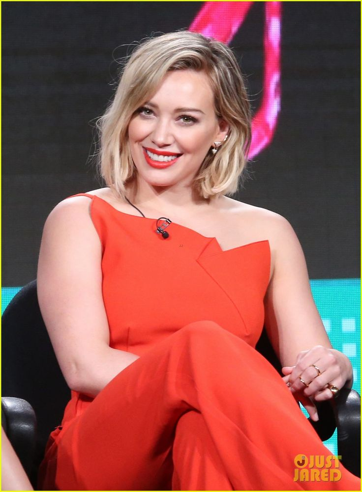 Hilary Duff & 'Younger' Cast Announce Season 3 Renewal at TCA 2016! | hilary duff younger cast announce season 3 renewal at tca 04 - Photo