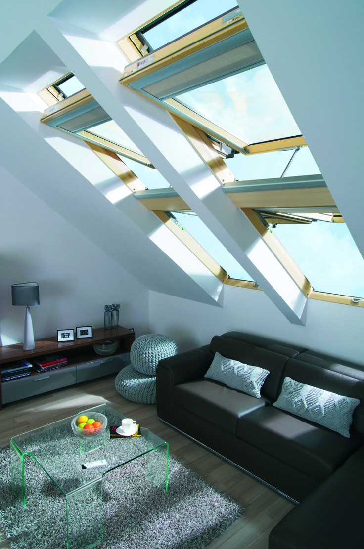 Ampie vetrate in salotto #living #windows #light #home #attic #interiordesign www.fakro.it