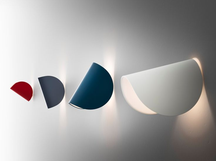 IO Wall Lamp by FontanaArte
