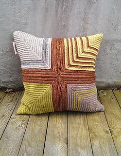 crocheted pillow | crocheted interior | crochet pattern | heklet pute | heklede puter