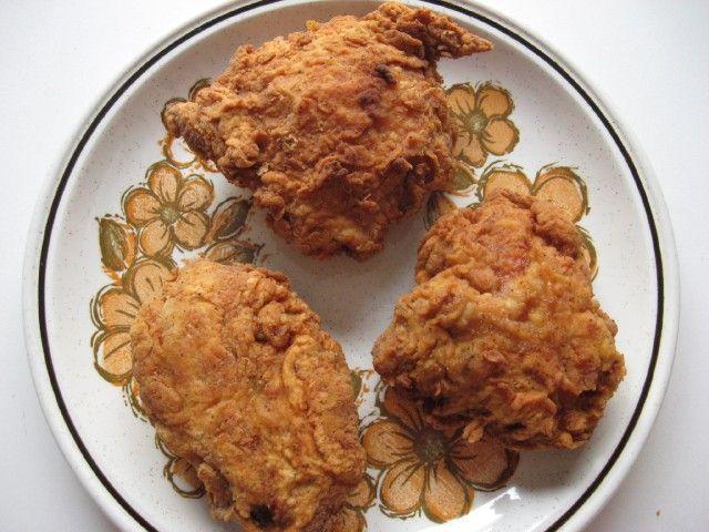 Loretta Lynn's Fried Chicken  http://www.cdkitchen.com/recipes/recs/458/LorettaLynnsCrispyFriedCh65126.shtml