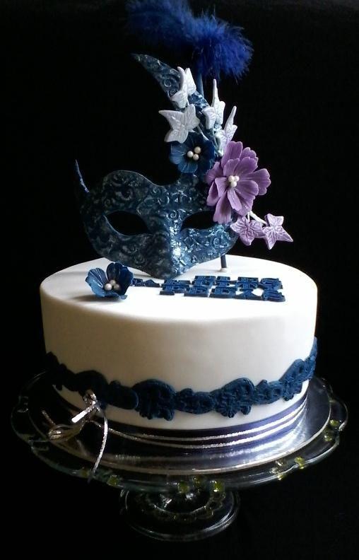 Aj ples je príležitosťou na krásnu a chutnú tortu. Autorka: babina 555. Tortyodmamy.sk