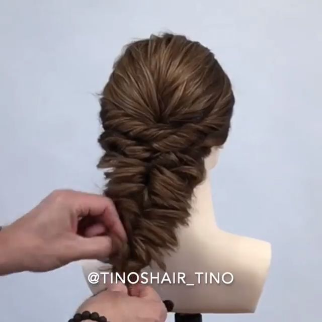 Do you wanna learn how to style your own hair? Well, just visit our web site to seeing more amazing video tutorials! #hairtutorials #braidtutorials #h…