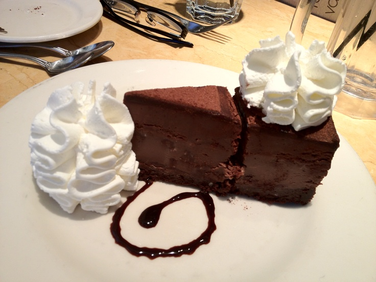 At the cheesecake factory - Chicago 3
