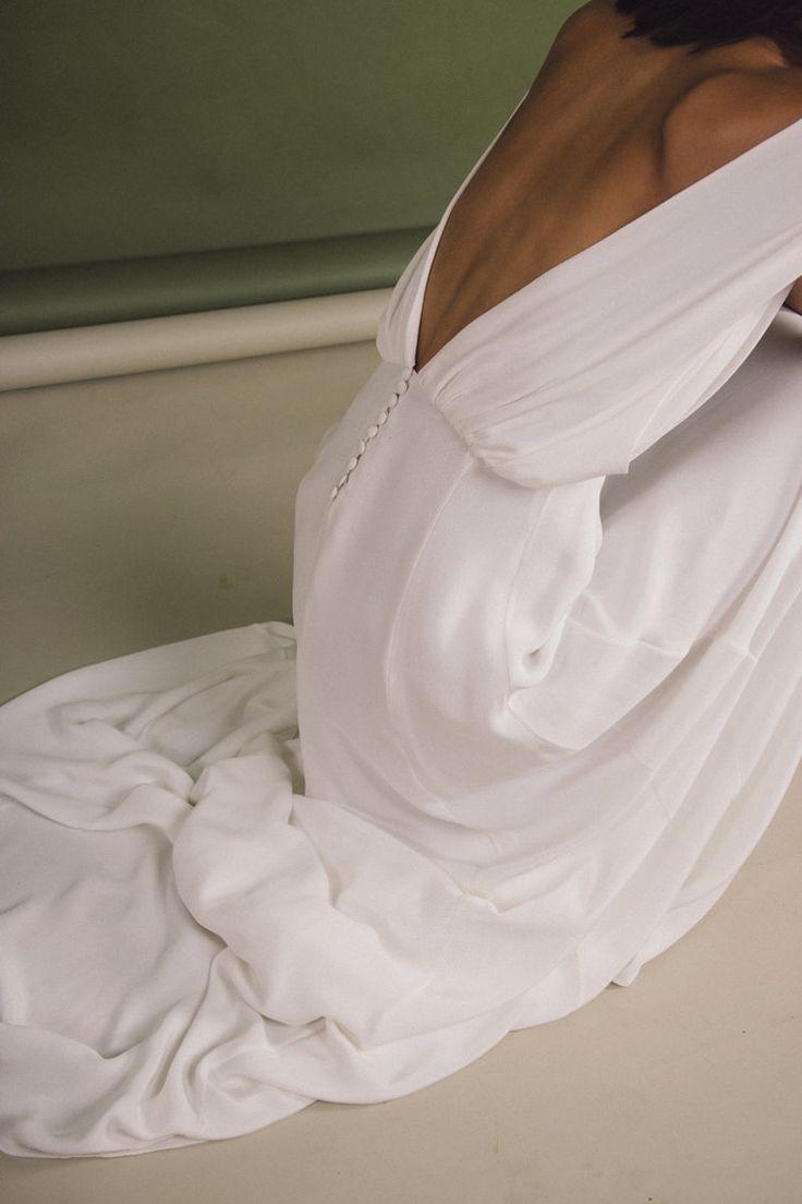 WHITE – Robe de mariée – Blanc Paris / Robe Myrtle / Robe Dos Nu