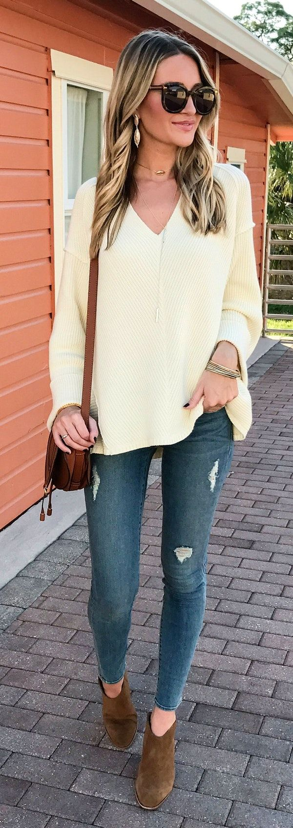 spring fashion White Knit & Ripped Skinny Jeans & Brown Suede Booties