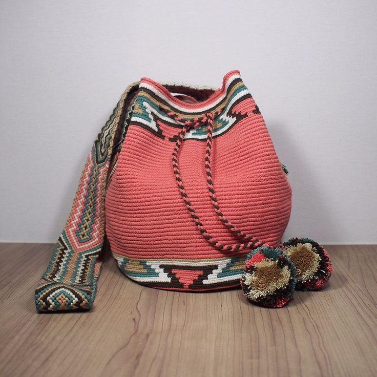 7 отметок «Нравится», 1 комментариев — Craftmatters (@craftmattersshop) в Instagram: «Traditional Mochilas Wayuu Bag (Size L) Price: 3600 THB free EMS in Thailand Line: craftmatters…»