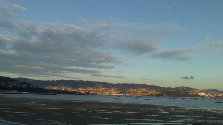 'Tarde de nubes no areal da Xunqueira' (Tarde de nubes en el arenal de la Junquera), a.en Moaña.