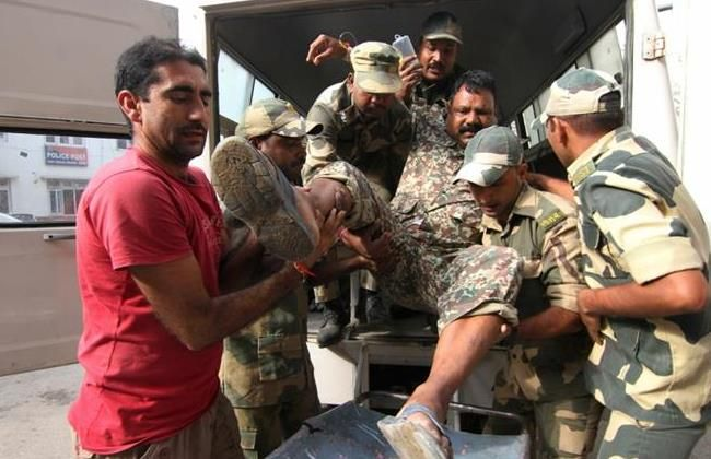 Pakistan forces target Indian civilians deliberately: BSF - http://thehawk.in/news/pakistan-forces-target-indian-civilians-deliberately-bsf/