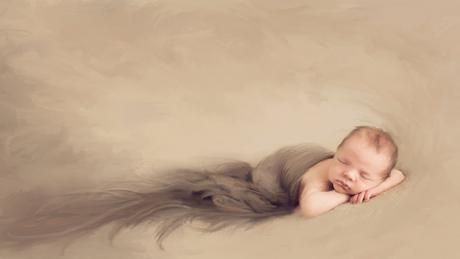 """Learn to photograph newborns creatively. Join Julia Kelleher May 8-10 for """"The Creative Newborn Photography Studio"""" on @CreativeLive. http://cr8.lv/juliacnps"""