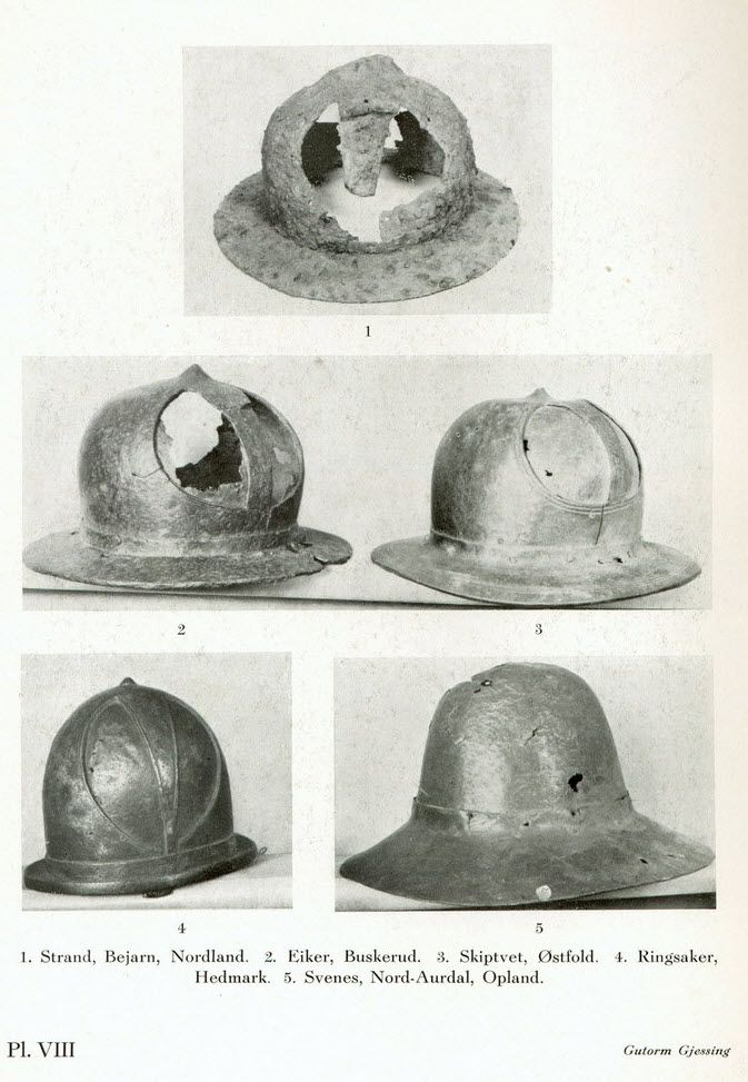 Kettle hats/Chapel de fer