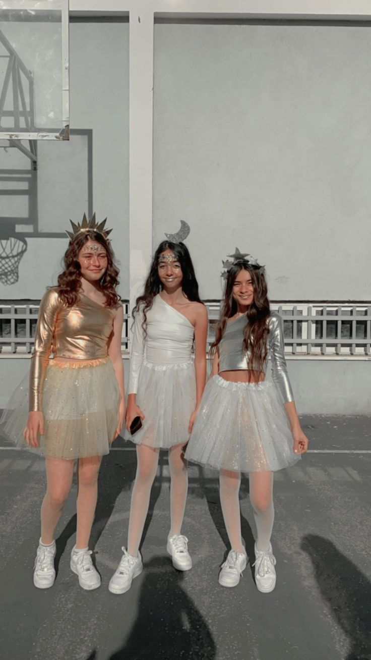 Halloween Costumes For Couples Best Friends Big Groups Costume Ideas Tikt In 2021 Modest Halloween Costumes Trio Halloween Costumes Halloween Costume Outfits