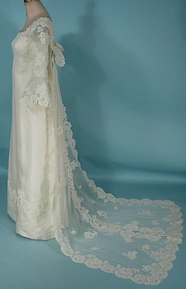 c. 1970's PRISCILLA of BOSTON Ivory Silk Organdy and Lace Wedding Gown with Detachable Lace Watteau Train