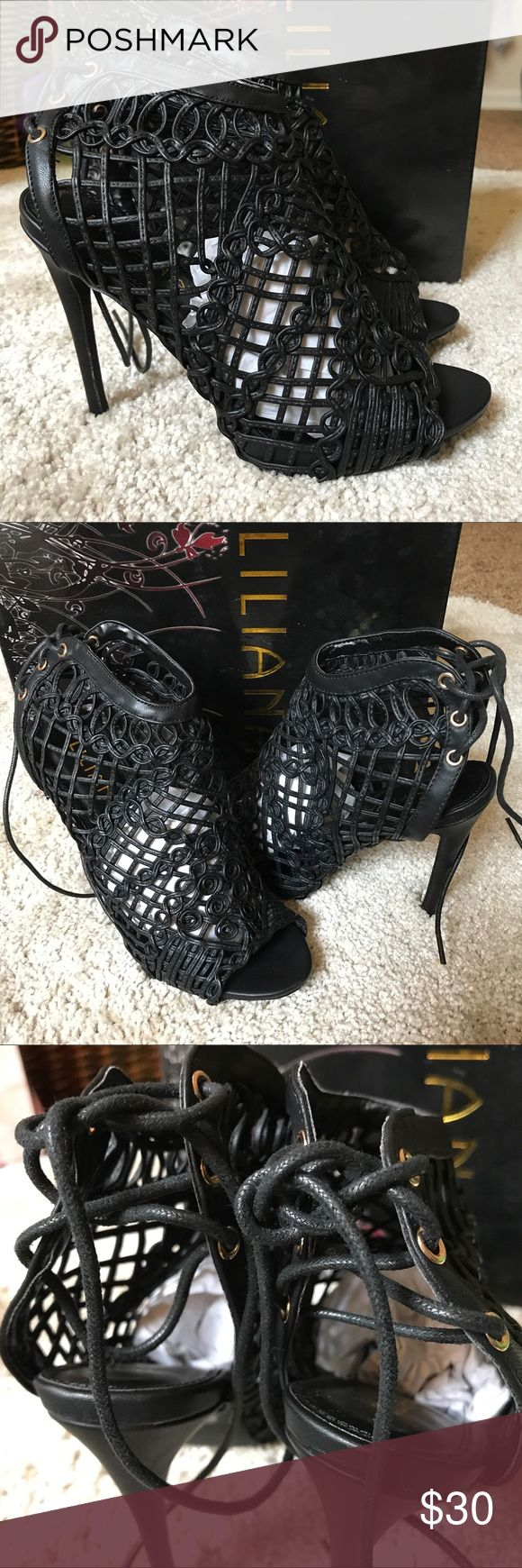 Windsor Black Pattern Tie Up Back Heels 7.5 NEW Beautiful black heels. Size 7.5. Comes with packaging and box. What you see is what you get. Windsor Shoes Heels
