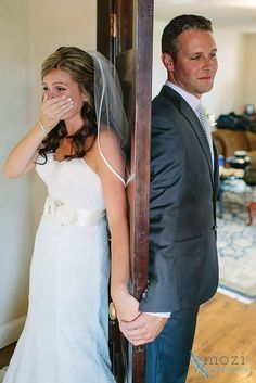 30 Touching First Look Wedding Photos :heart: See more: http://www.weddingforward.com/first-look-wedding-photos/ #weddings #photo