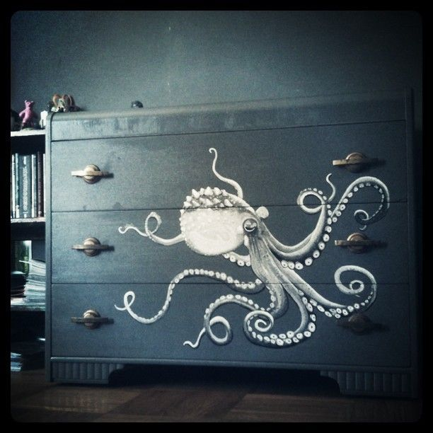 I think I want a kid's room in my house, no kids just a kid's room and this Octopus Dresser will be in it./ In the Mermaid room! G.