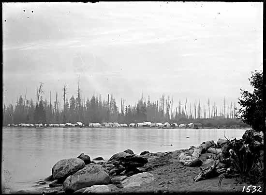 1904 – Greer Beach, before being renamed to Kitsilano Beach. VPL Accession Number: 7202