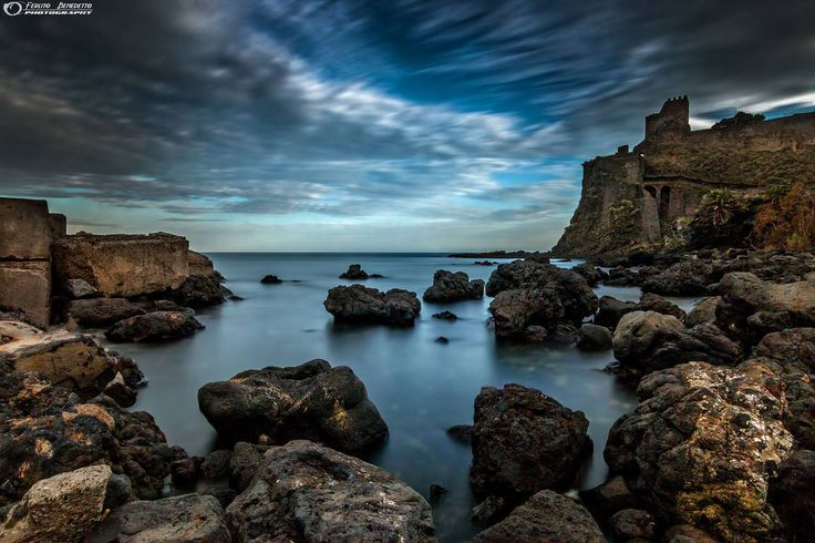 (60) Sii sempre come il mare che infrangendosi contro... - Benedetto Ferlito
