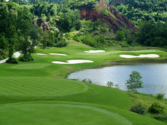Red Mountain Golf Club Phuket is regarded as one of the best Phuket golf courses and the spectacular layout makes it a must play course for any golfer visiting Phuket. http://phuketgolfholidays.com/redmountaingolfclub-golfcourse-6.html