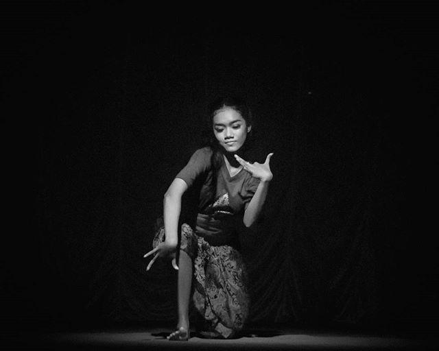 Dance the Light @gagepenariku