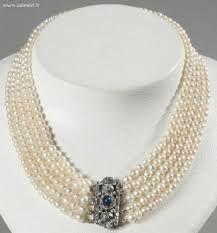 Collier de perle de culture avec broche en argent
