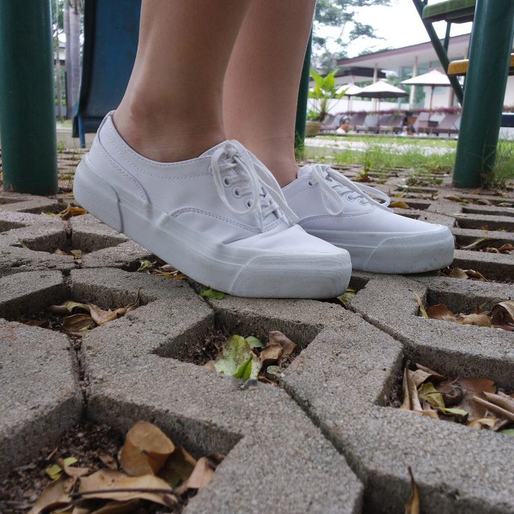 shoes , sneakers #blogger