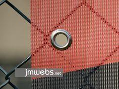 Lona microperforada de alta calidad y resistencia al exterior en Barcelona; viento, lluvia, sol. Ideal para espacios abiertos. Más información en www.jmwebs.com - Teléfono: 935160047