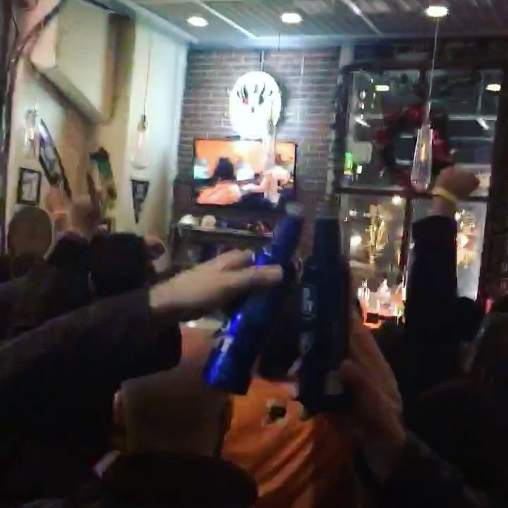 First game and first win for Philly's #Overwatch team Fusion! @phl_fusion HUGE turnout at the watch party! . Had an awesome time big thanks to @wahoosphilly for hosting we'd love to see more local bars participate in esports events in the future! . . . #overwatchleague #delconerds #delawarecounty #philadelphia #philly #videogames #games #game #gamer #gamergirl #gaming #entertainment #podcast #nerd #nerdy #geek #funny #review #esports #dnn #xbox #ps4 #movie #movies #technology #tech…