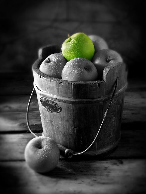 Photo of Fresh Granny Smiths apples food picture