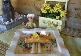 Zalm met asperges en zeekraal in een zalig sausje | Recept | KookJij