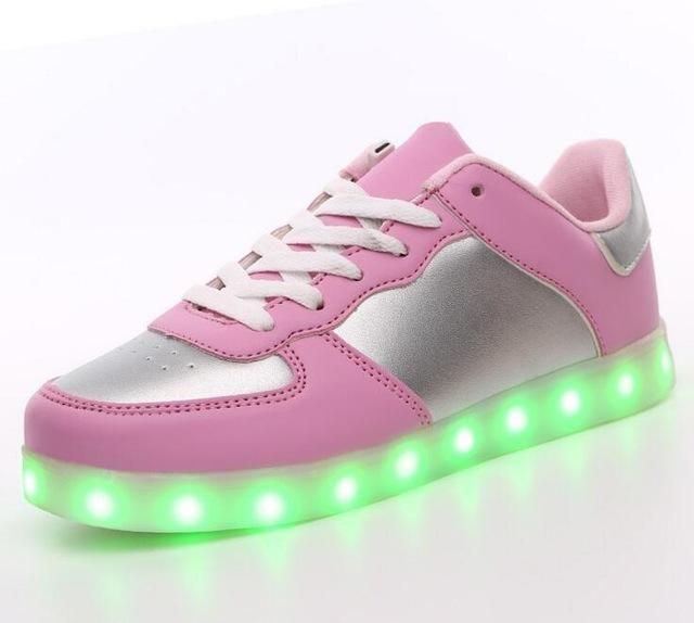 SAGUARO® 7 Colors LED Light Up Shoes USB Charging Luminous Flashing Sneaker Fashion Low Top Glow Sportschuhe for Women Men Kids Boys Girls, Rosa 40