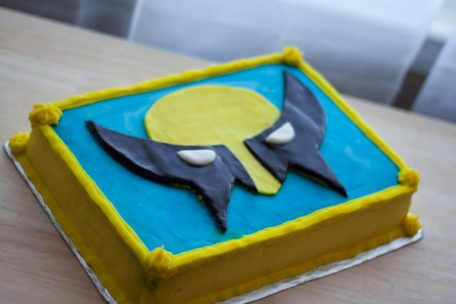Wolverine Cake!  http://www.variedtastes.com/first-time-with-fondant-wolverine-cake/