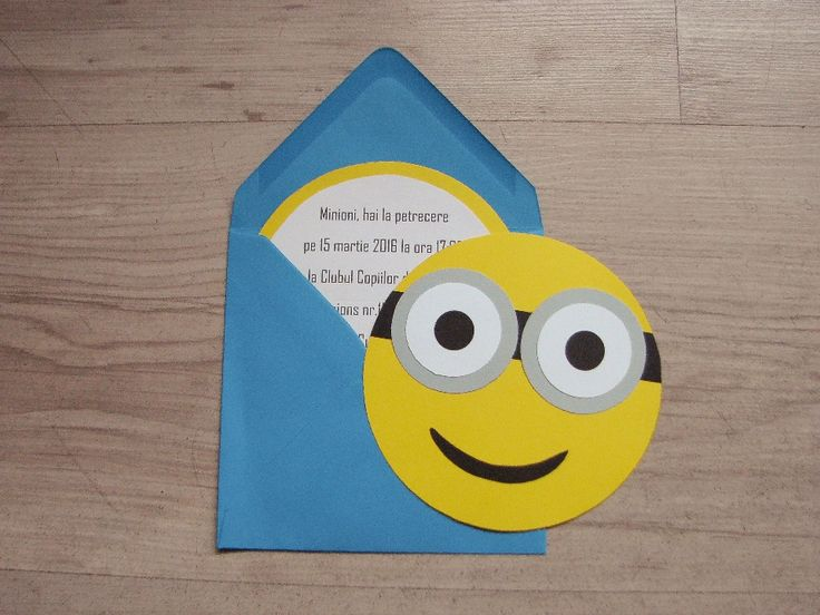 Invitatii realizate manualdin carton colorat, personalizate cu elemente de petrecere tematica Minions  Dimensiunea invitatiei este de 12 cm.Invitatia include plic si confetti.Comanda minima este de 6bucati.